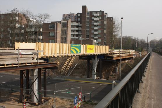 Fietsbrug Station Goffert